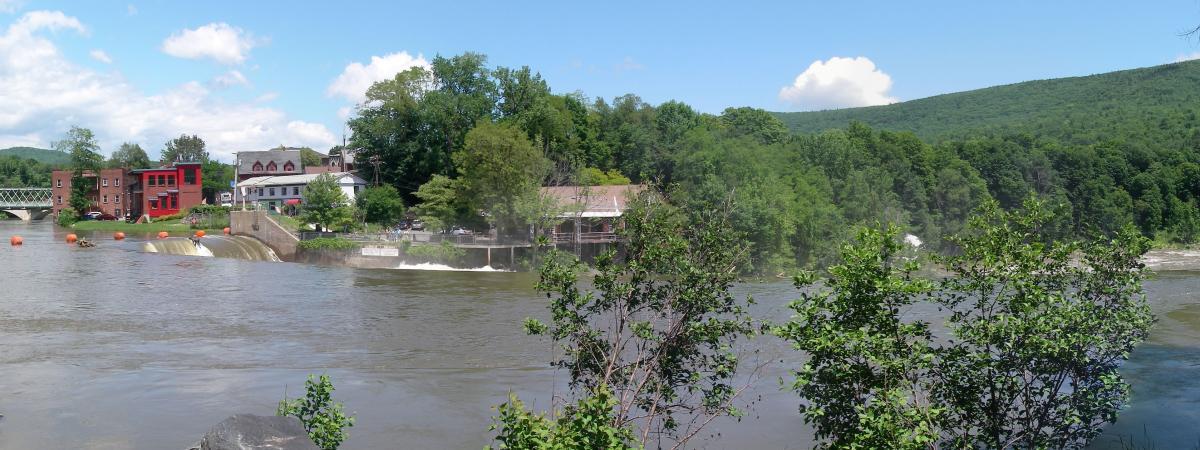Shelburne Falls Dam